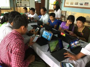 Communication for Development Training in Htan Tapin