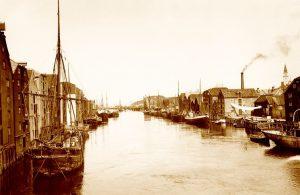 Archival photo of Bakklandet neighborhood, 1910