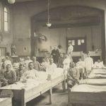 Soldados sérvios em tratamento de gripe espanhola
